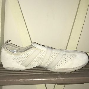 NWOB Easy Spirit Suede Pull-on Sneakers size 8